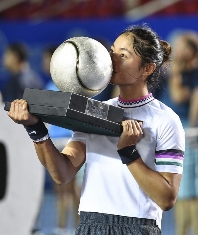 ?王雅繁首夺WTA赛锦标
