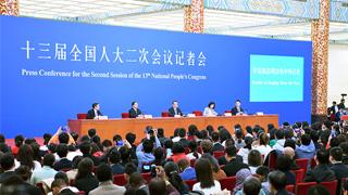 李克强:推动中日韩自贸区建设对三方都有好处