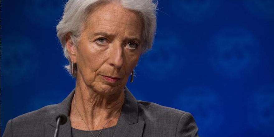 IMF总裁:全球经济增长趋缓但不会陷入衰退