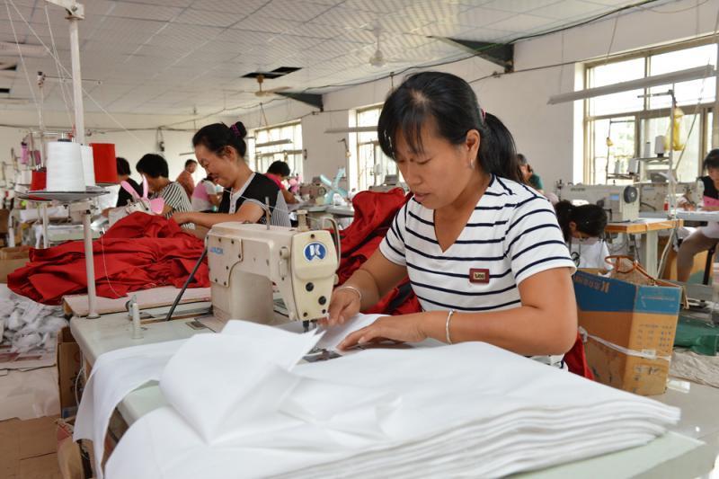 镀金时代\劳动市场结构在变\户籍制改革惹关注