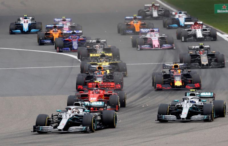 F1赛车驶入上海街头掀旋风