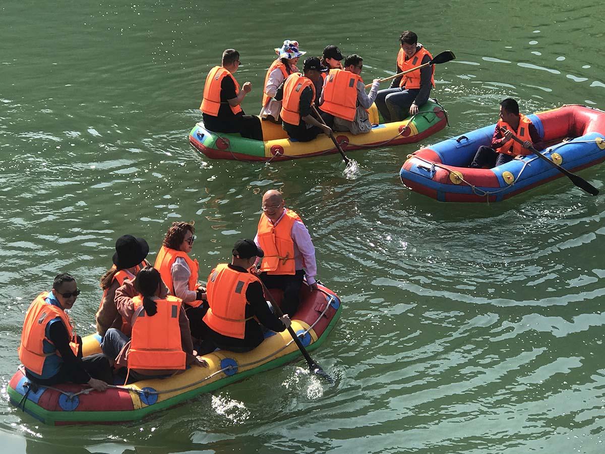 蓬萊仙閣伏牛地下河 溶洞漂遊中原僅有
