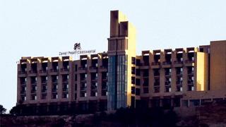 巴基斯坦五星酒店遇袭 53华人安全转移