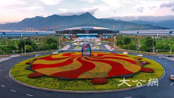 """数字中国峰会:""""数字佛教""""向世界展示中国的文化自信"""