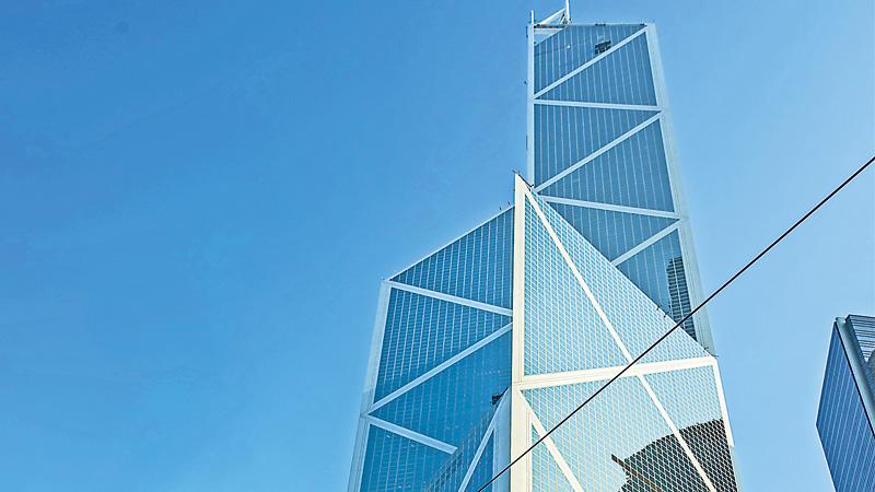自由談\最美的建筑 建筑在時間之上\鐘 亦