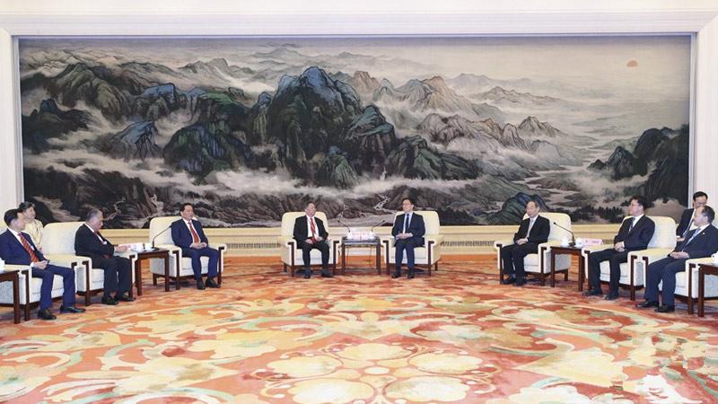 韩正:中央完全支持修逃犯例