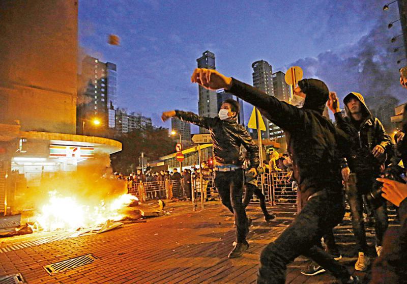 容不下德國暴徒 容得下香港暴徒?