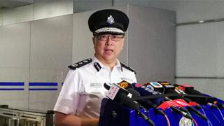 卢伟聪:示威者使用危险武器 警方迫不得已还击