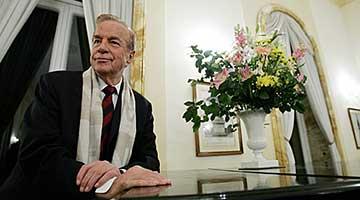 意大利著名导演泽菲雷利辞世 曾执导《罗密欧与朱丽叶》