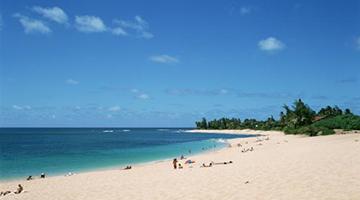 美国一架双引擎飞机在夏威夷坠毁 机上9名乘客遇难
