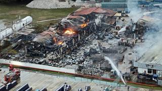 新加坡一工厂火灾 中国员工1死2伤