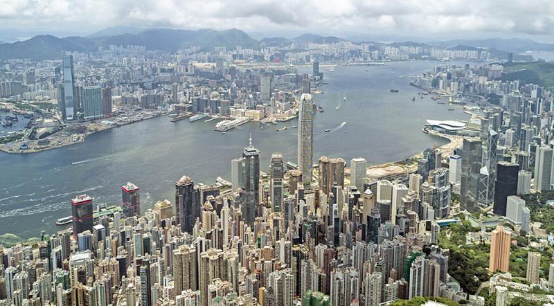 ?明觀四海\發揮香港獨特優勢 穩固金融中心地位