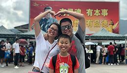 軍營開放日 | 港人:香港有解放軍保衛 非常安心