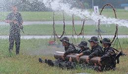 圖集 | 石崗軍營開放日 解放軍飛躍火圈顯英勇