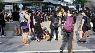 香港各界坚决支持警方严正执法