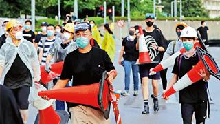 新闻内幕|暴徒有组织 暴行军事化