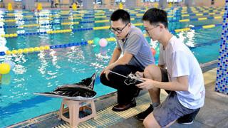 中國首研仿蝠鲼柔體潛航器