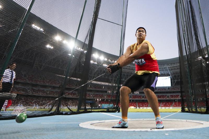 王琦二青會鏈球破紀錄