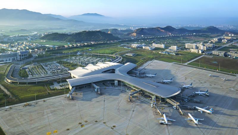 ?揭阳潮汕机场扩建 成功试飞