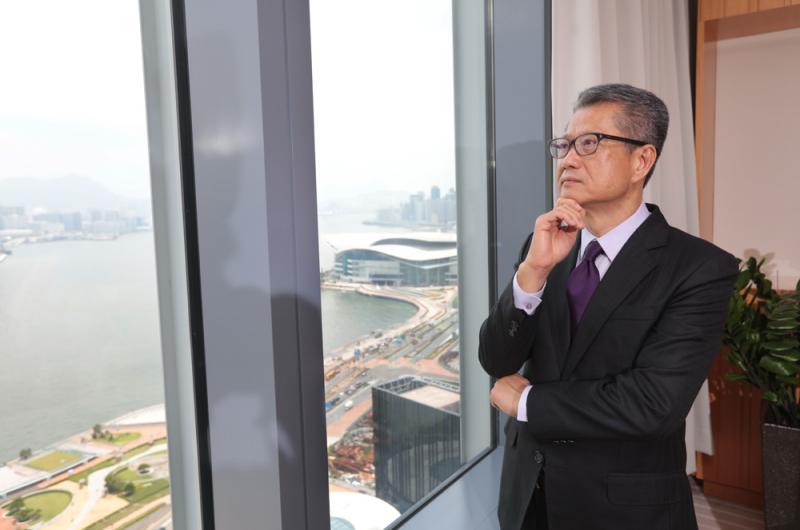 獨家專訪丨陳茂波:止暴穩經濟 抗超強颱風