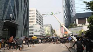 止暴制乱|暴乱拘捕近900人 包括6辱国徽国旗者