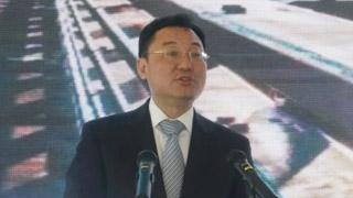 谢锋谴责极端暴力分子及其幕后策划者绑架港青做人质