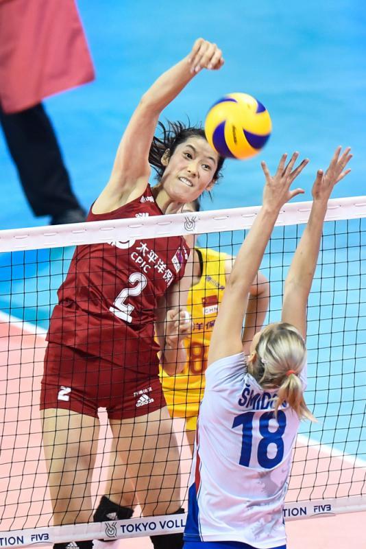 中国女排 争取卫冕世盃不易
