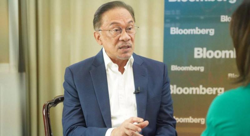 ?安华自称明年接任马来西亚总理