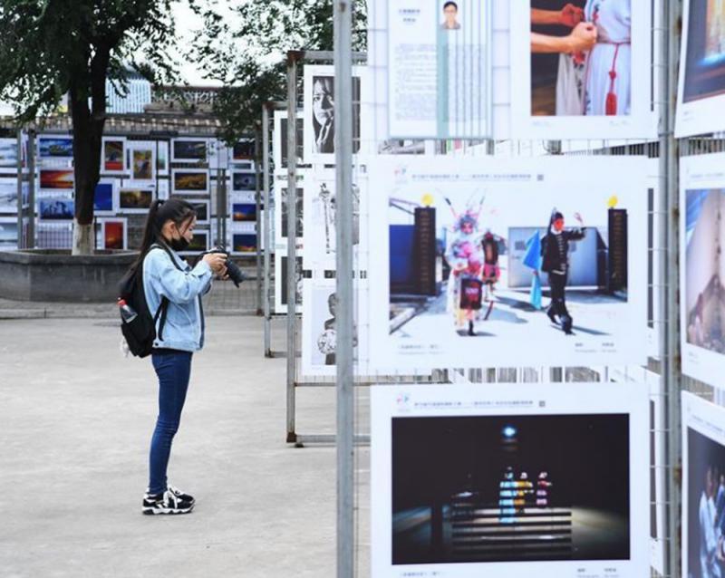 ?全球逾四千摄影家平遥展作品