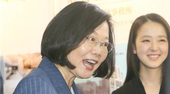 台学者:蔡英文挑起两岸敌意 是台湾不可承受之重