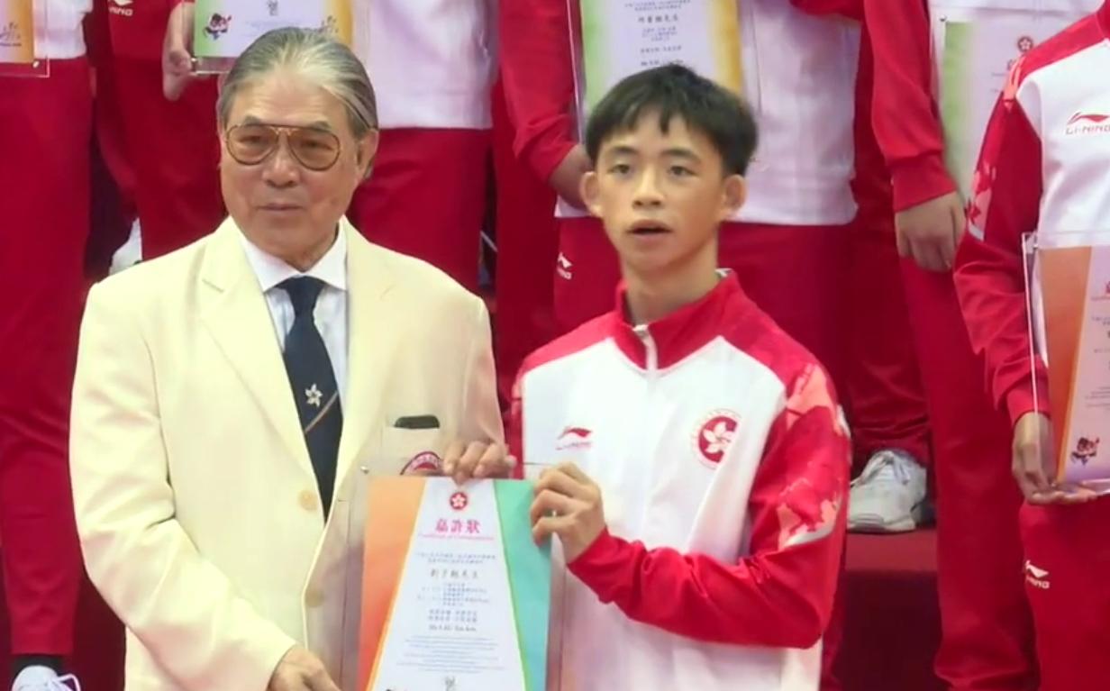 國慶70周年│香港青年運動員:希望國家發展越來越好 祝祖國生日快樂
