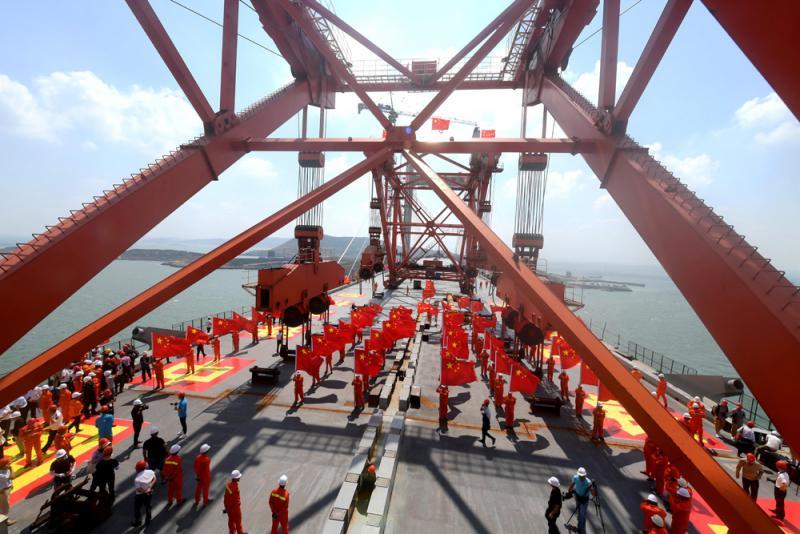 ?世界最长跨海峡公铁大桥平潭贯通