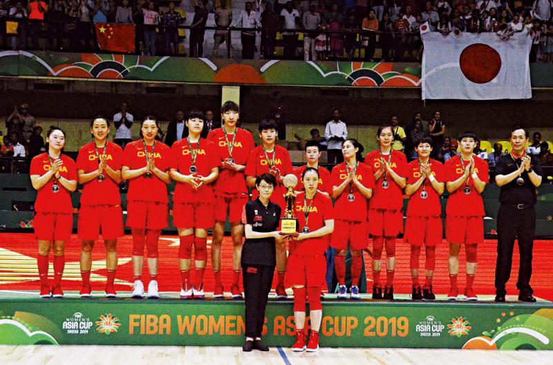 ?女篮亚洲盃\中国女篮惜败日本获银