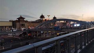 铁总:10月2日全国铁路预计发送旅客1360万人次