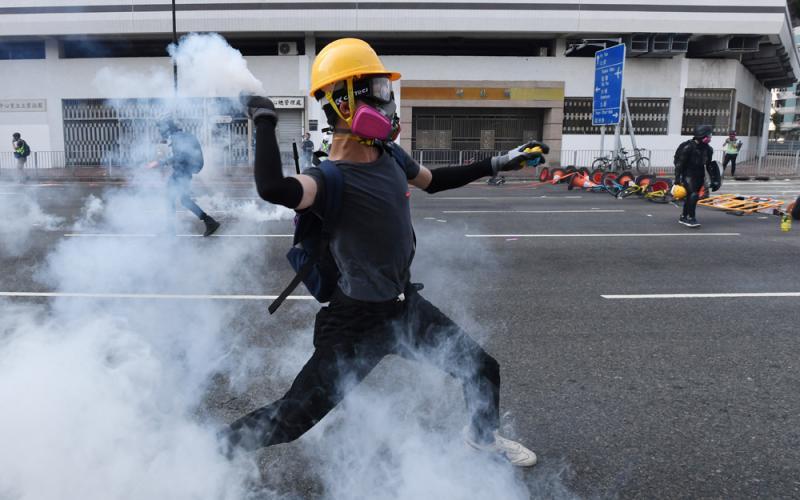 ?不容暴徒毁了香港\就是敢言计劃成员 城市智库成员 黄鹏
