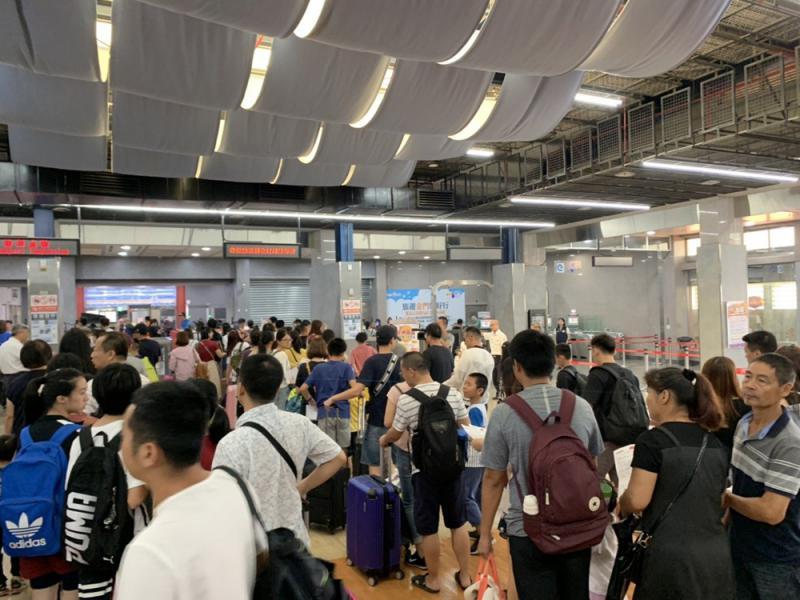 ?金马陆客湧现 台北遊人稀少