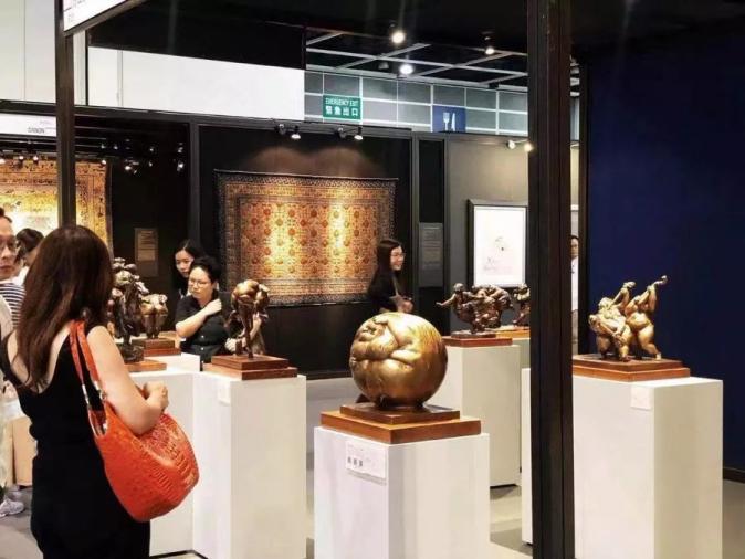 许鸿飞雕塑受邀亮相香港典亚艺博2019