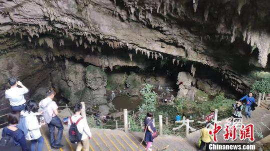 貴州青山綠水「淌」金銀 旅遊扶貧成效顯