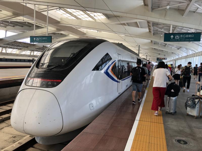 梅汕高鐵明通車 穗深三小時抵梅州