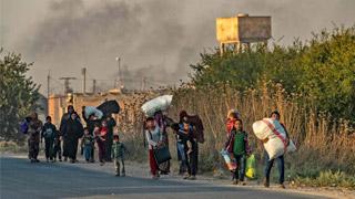 """欧盟谴责土耳其""""侵略"""" 土总统威胁要送难民去欧洲"""