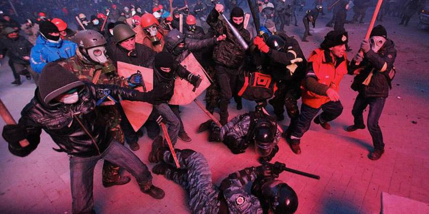 乌克兰蒙面法的波折与回归:蒙面遮不住 罪恶须遏止