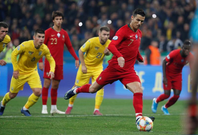 C朗缔入700球壮举 惜葡客负乌克兰