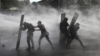 智利總統皮涅拉簽署取消緊急狀態法令