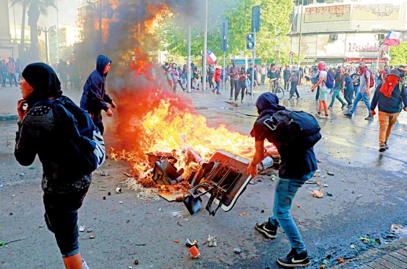 ?智利示威暴力嚴重 被迫取消APEC會議