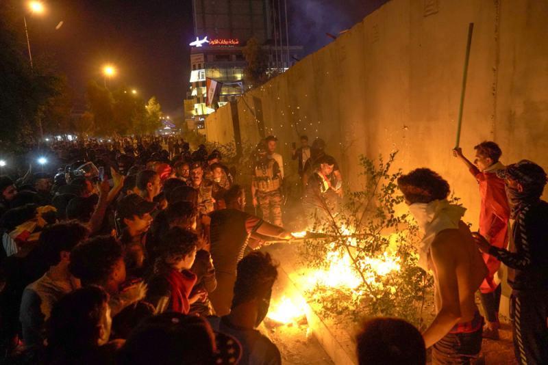 ?伊拉克示威重挫经济 总理籲回归日常