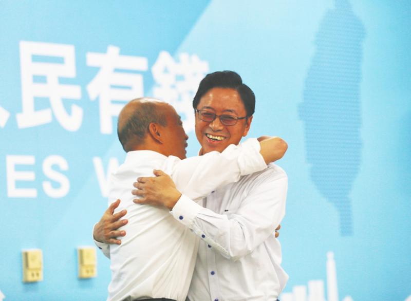 """?""""韩张配""""上阵 国民党:有加分效应"""