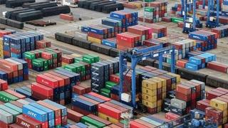 商务部:前10月中国进出口总额25.63万亿元 增长2.4%