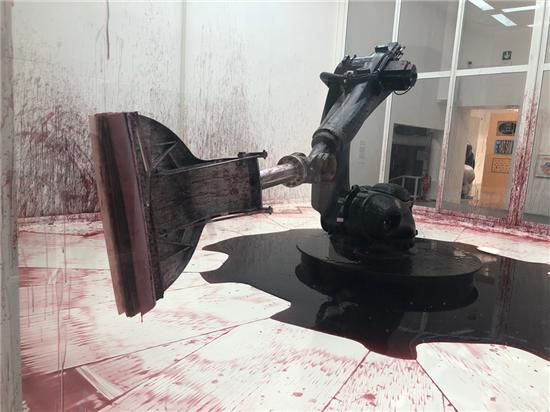 聚焦58届威尼斯双年展:艺术家孙原&彭禹装置作品备受瞩目