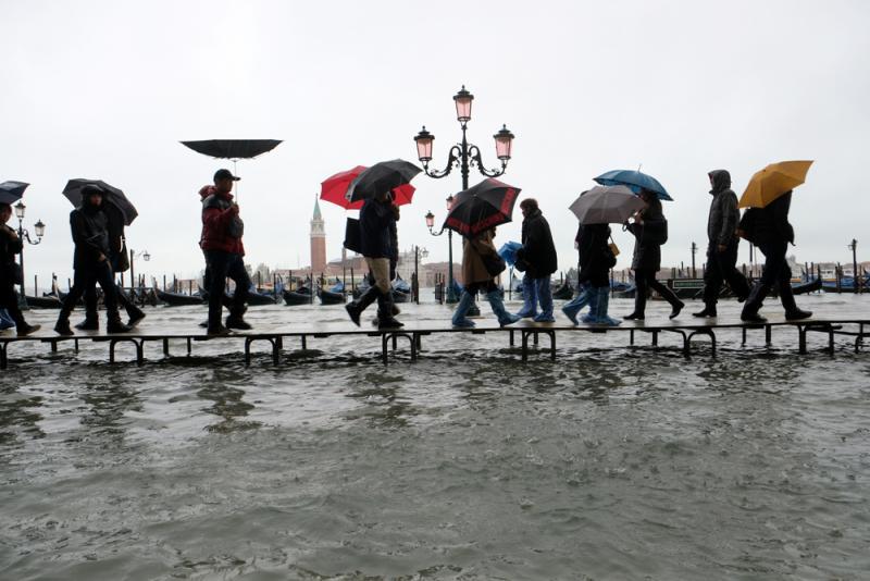 ?水城遭水灾 威尼斯告急