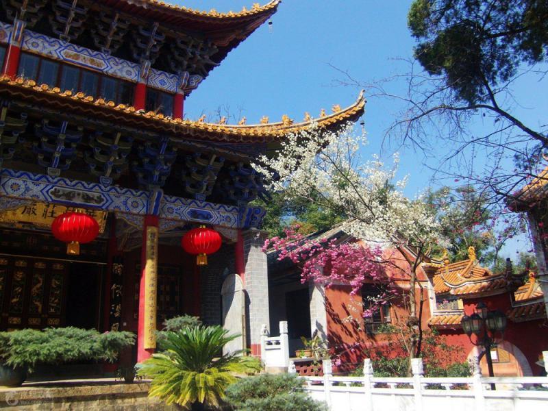 筇竹寺:一座充滿煙火氣、活生生的人間寺廟